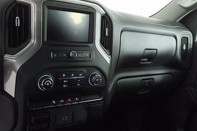 2020 Chevrolet Silverado 1500 Crew Cab 4x4, Pickup #DTC1713 - photo 6