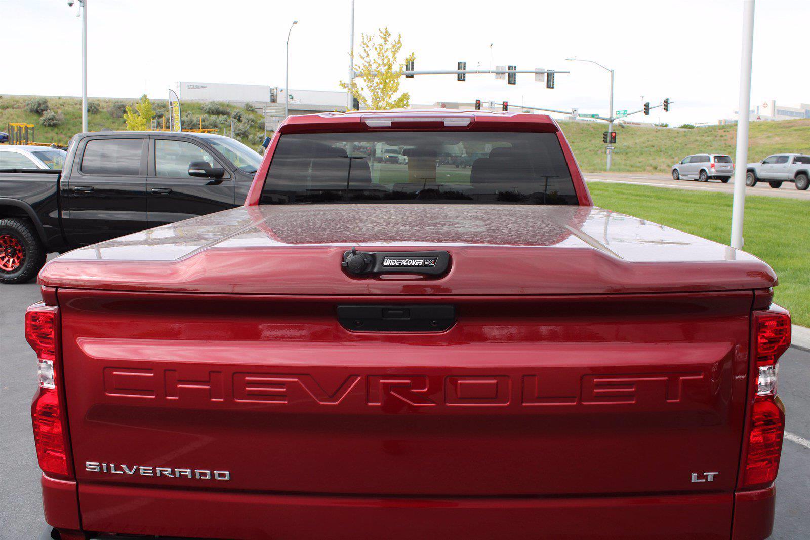 2019 Chevrolet Silverado 1500 Double Cab 4x4, Pickup #DTC1920 - photo 6