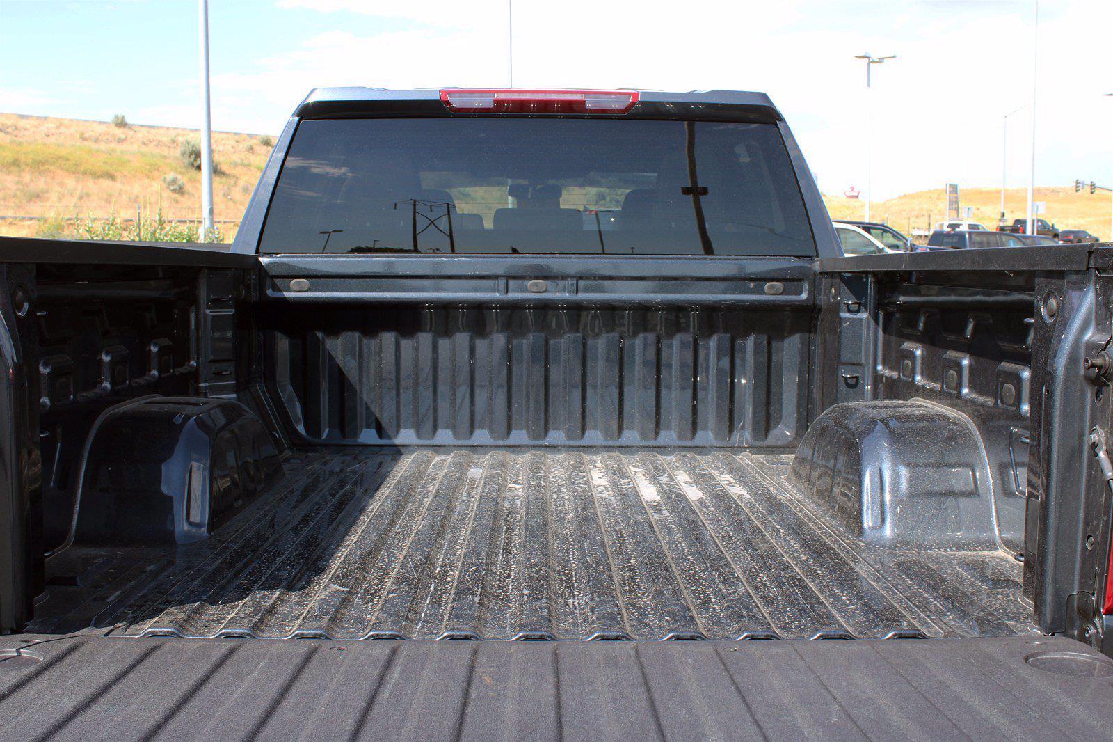 2021 Chevrolet Silverado 1500 Crew Cab 4x4, Pickup #DTC2082 - photo 11