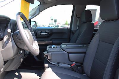 2021 Chevrolet Silverado 1500 Crew Cab 4x4, Pickup #DTC2082 - photo 2