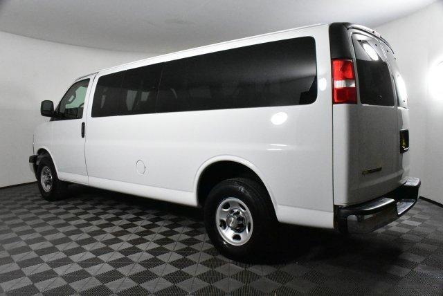 2019 Chevrolet Express 3500 4x2, Passenger Wagon #DU89996 - photo 1