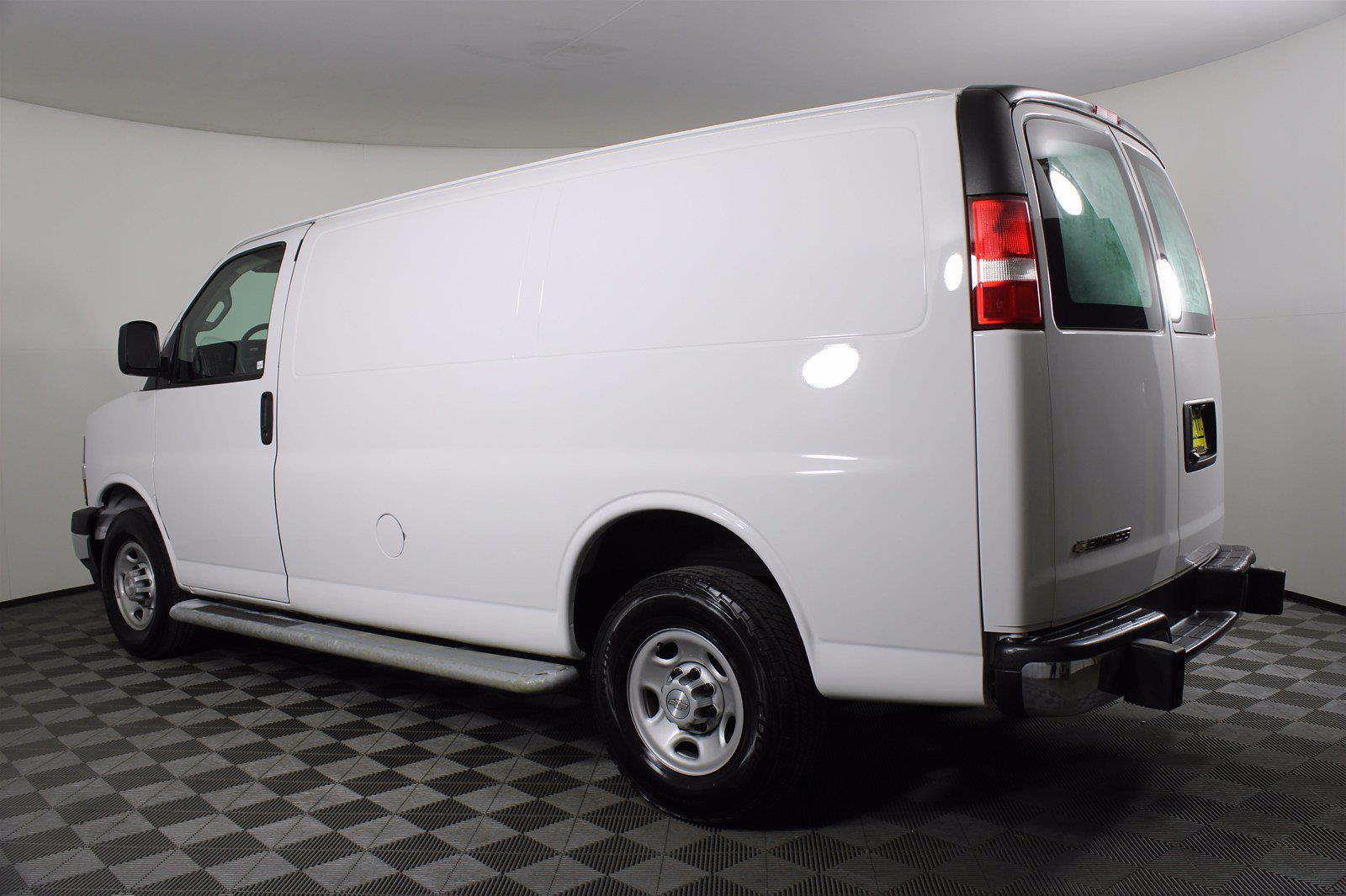 2018 Chevrolet Express 2500 4x2, Empty Cargo Van #DU90788 - photo 8