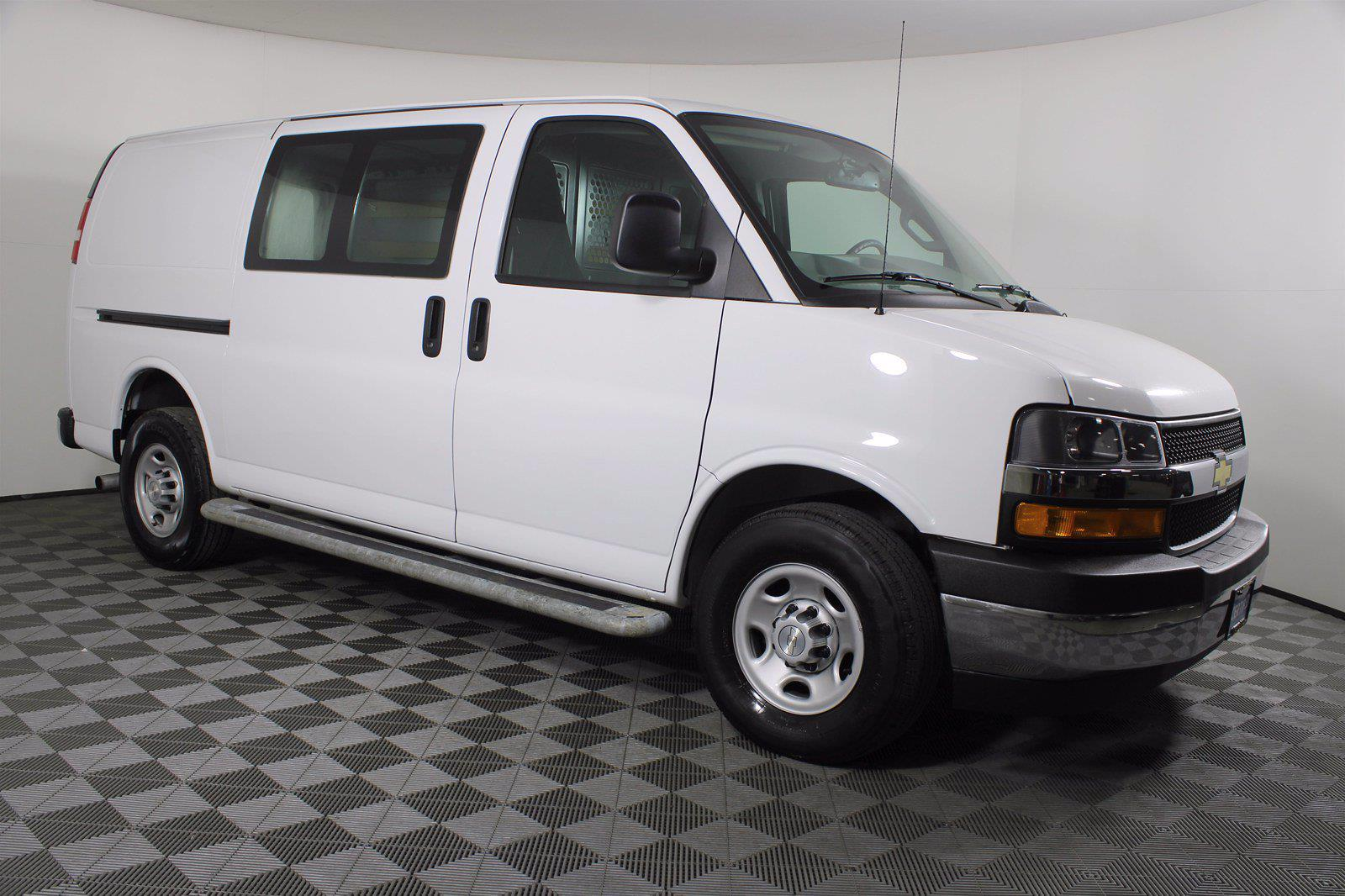 2018 Chevrolet Express 2500 4x2, Empty Cargo Van #DU90788 - photo 11