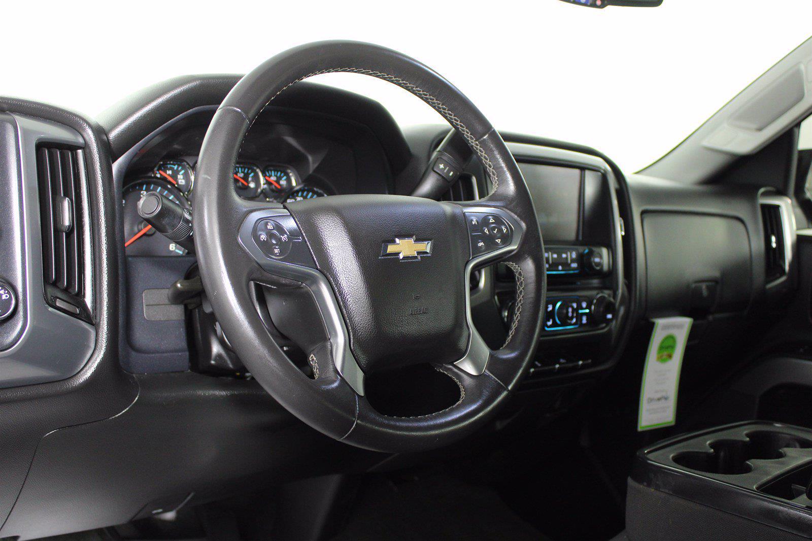 2017 Chevrolet Silverado 1500 Crew Cab 4x4, Pickup #DU90911A - photo 3