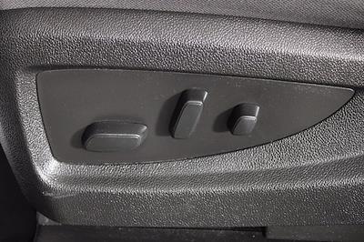 2017 Chevrolet Silverado 1500 Crew Cab 4x4, Pickup #DU90911A - photo 11