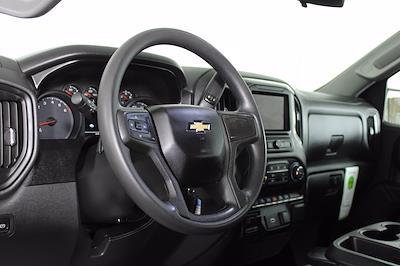 2020 Chevrolet Silverado 1500 Crew Cab 4x4, Pickup #DU90938 - photo 6