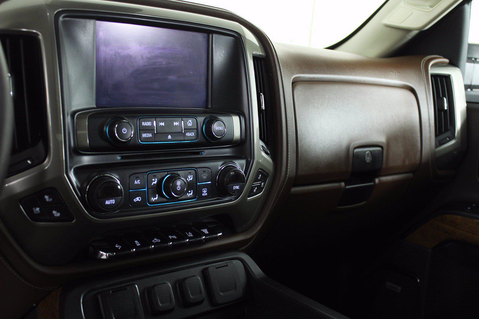 2018 Chevrolet Silverado 3500 Crew Cab 4x4, Pickup #DU90958 - photo 13