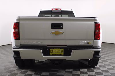2018 Chevrolet Silverado 3500 Crew Cab 4x4, Pickup #DU90958 - photo 2