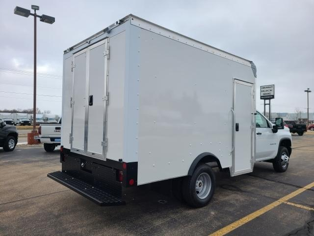 2021 Chevrolet Silverado 3500 Regular Cab AWD, Rockport Cutaway Van #4291108 - photo 1