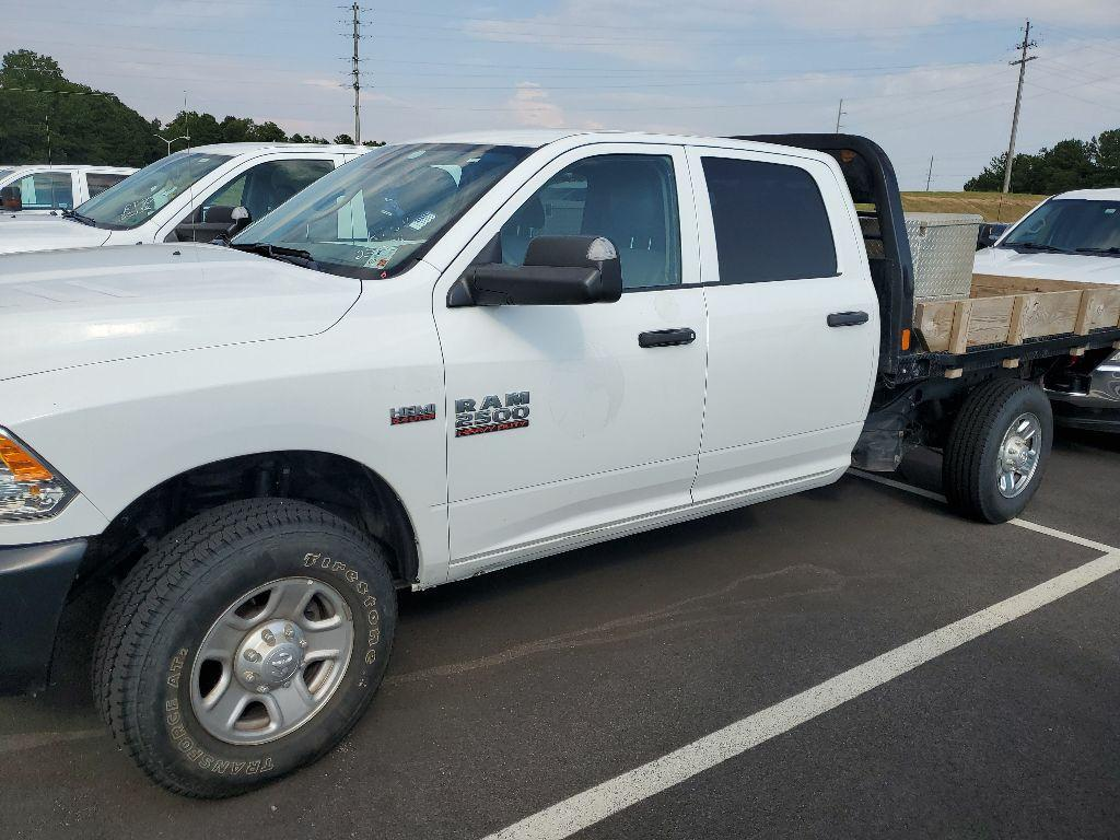 2018 Ram 2500 Crew Cab 4x4, Platform Body #P216901 - photo 1