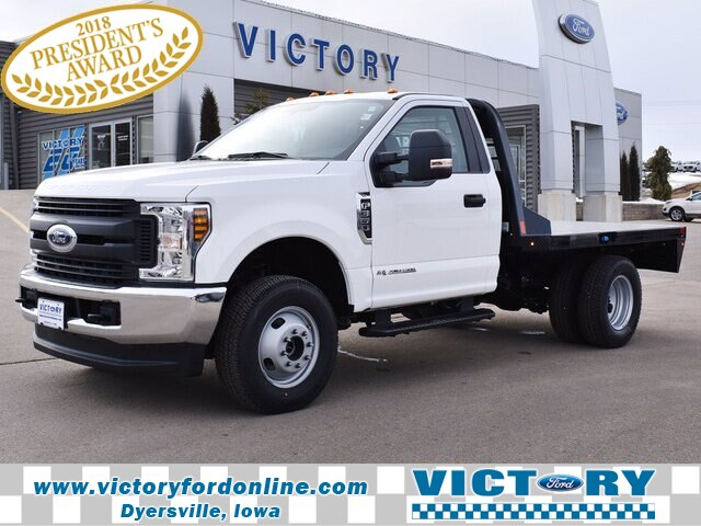2019 Ford F-350 Regular Cab DRW 4x4, CM Truck Beds Platform Body #CK801 - photo 1