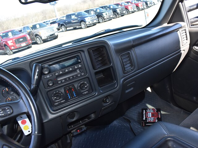 2005 Silverado 2500 Crew Cab 4x4, Pickup #CK823B - photo 16