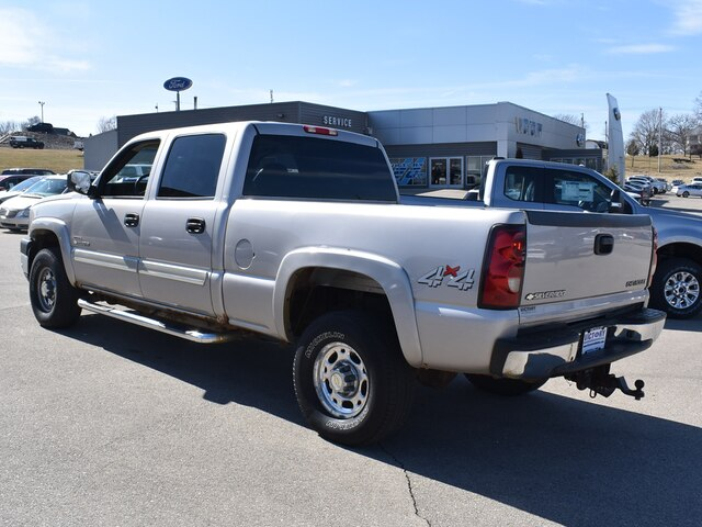 2005 Silverado 2500 Crew Cab 4x4, Pickup #CK823B - photo 2