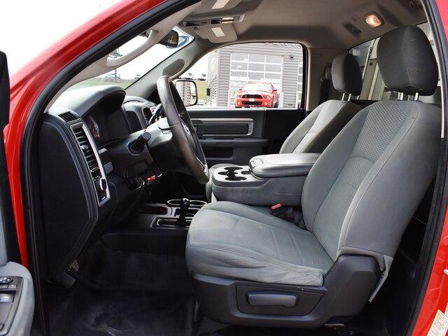 2015 Ram 3500 Regular Cab DRW 4x4, Hillsboro Platform Body #CL331A - photo 5