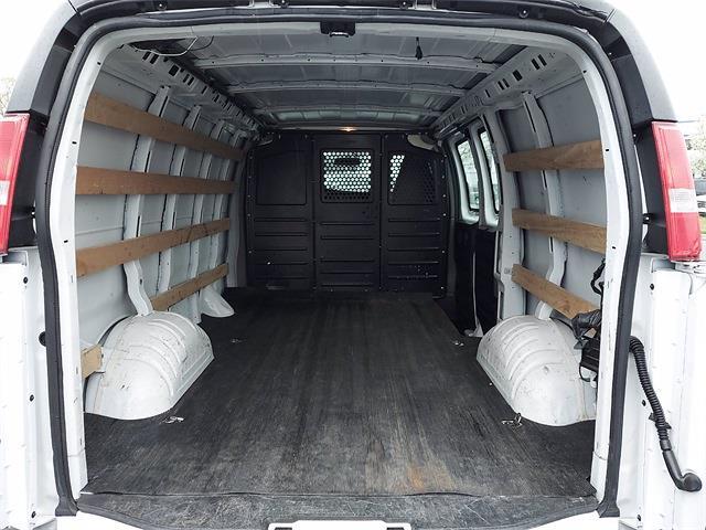2018 GMC Savana 2500 4x2, Empty Cargo Van #A911978 - photo 1