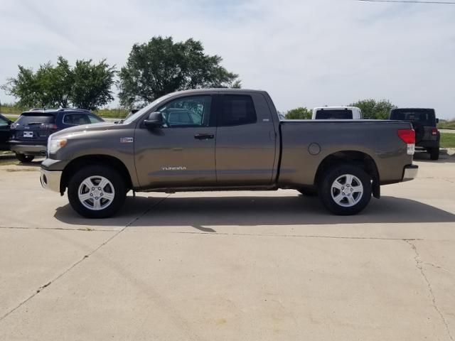 2011 Toyota Tundra Double Cab 4x4, Pickup #C0695A - photo 6