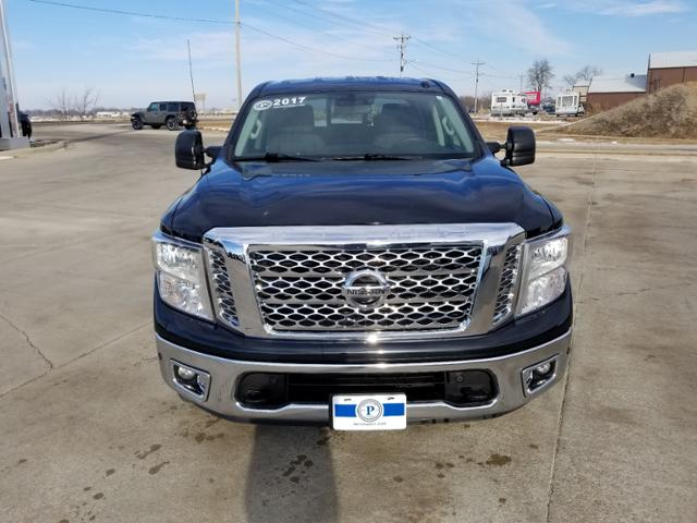 2017 Nissan Titan Crew Cab 4x4, Pickup #C0809A - photo 8