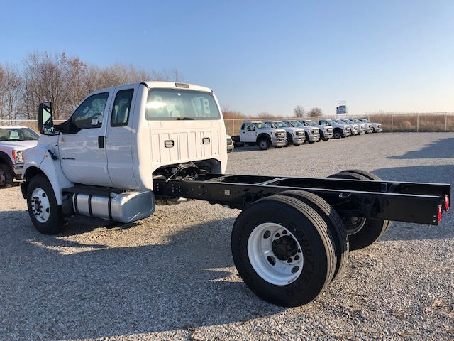 2019 Ford F-750 Super Cab DRW 4x2, Cab Chassis #FE175378 - photo 1