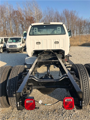 2019 Ford F-750 Super Cab DRW 4x2, Cab Chassis #FE175378 - photo 4