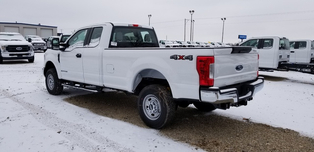 2019 F-250 Super Cab 4x4, Pickup #FE175810 - photo 2