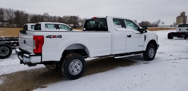 2019 F-250 Super Cab 4x4, Pickup #FE175810 - photo 6