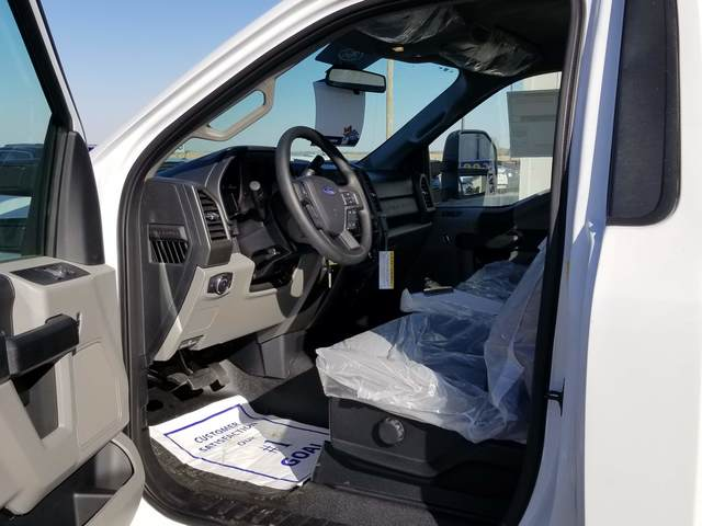 2019 F-550 Regular Cab DRW 4x4, Freedom Rodeo Platform Body #FE195768 - photo 6