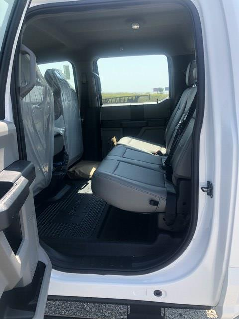 2020 Ford F-550 Crew Cab DRW 4x4, Cab Chassis #FE204318 - photo 11