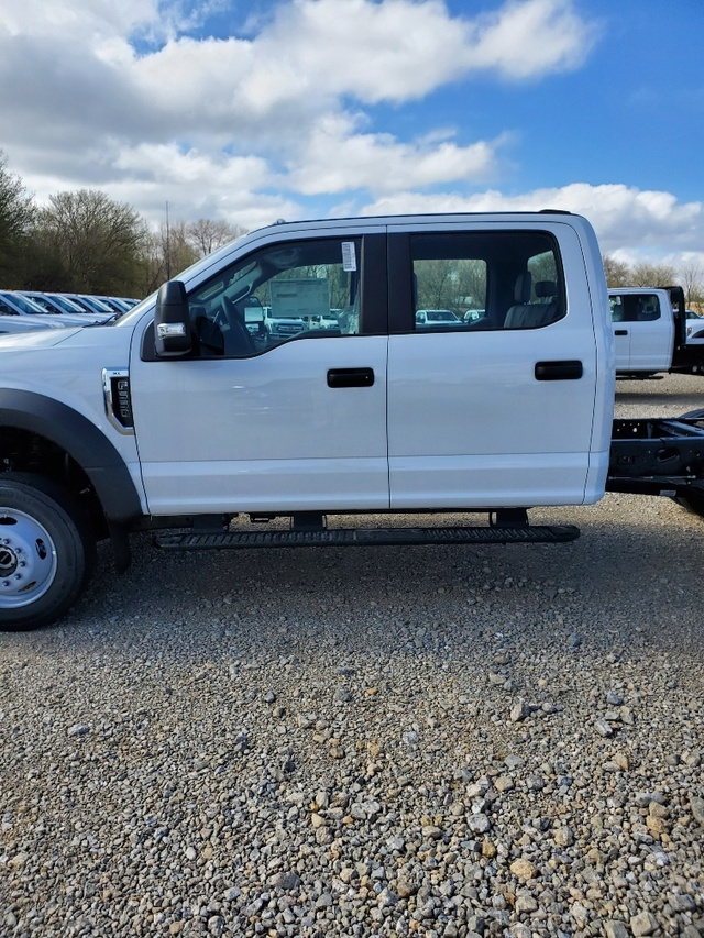 2020 Ford F-550 Crew Cab DRW 4x4, Cab Chassis #FE204635 - photo 4