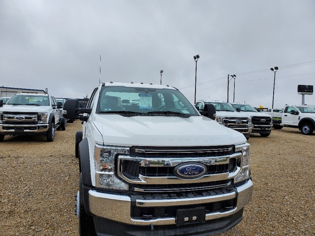 2020 Ford F-550 Crew Cab DRW 4x4, Cab Chassis #FE204639 - photo 3