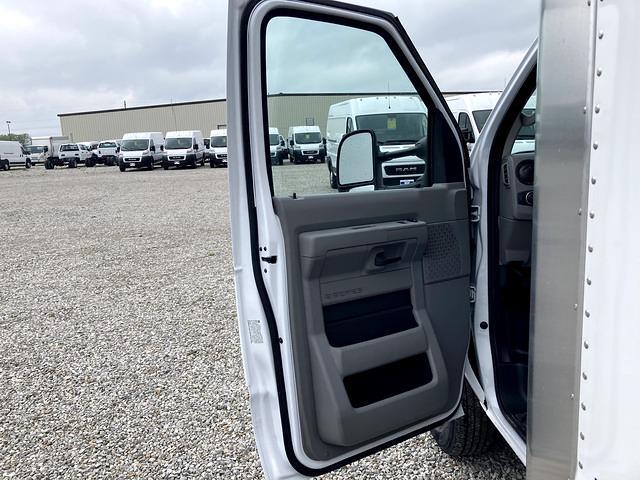 2021 Ford E-450 4x2, Morgan Cutaway Van #FE205203 - photo 15