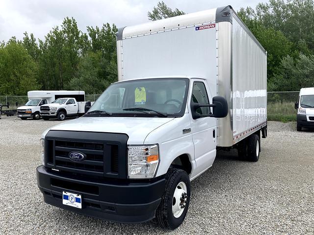 2021 E-450 4x2,  Morgan Truck Body Parcel Aluminum Cutaway Van #FE205256 - photo 1