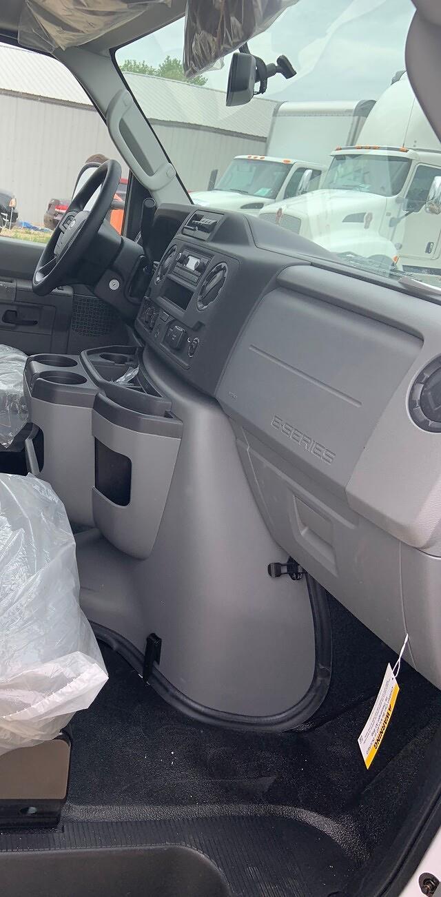 2022 Ford E-450 4x2, Morgan Cutaway Van #FE214700 - photo 5