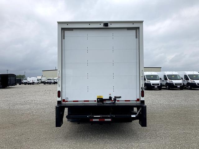 2022 E-450 4x2,  Morgan Truck Body Parcel Aluminum Cutaway Van #FE214716 - photo 4
