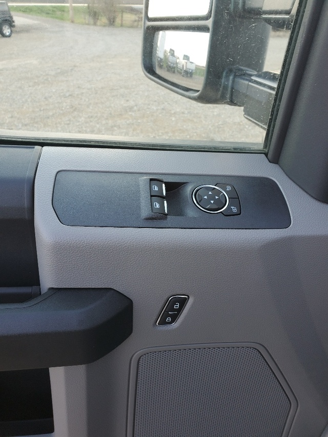 2019 Ford F-550 Regular Cab DRW RWD, Cab Chassis #FP180153A - photo 7