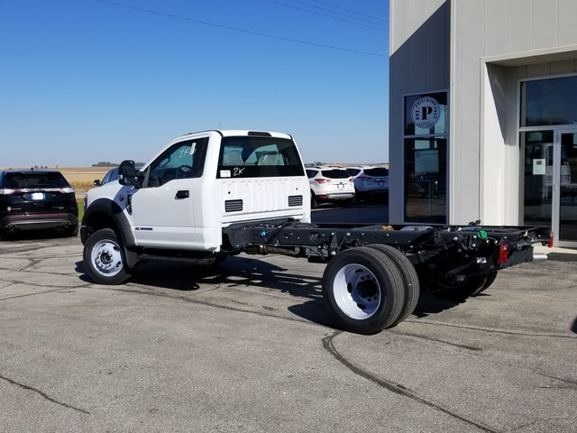 2019 F-550 Regular Cab DRW 4x4, Cab Chassis #FP190296 - photo 1