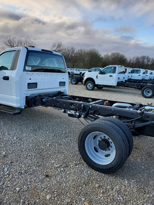 2019 Ford F-550 Regular Cab DRW RWD, Cab Chassis #FP190322A - photo 1