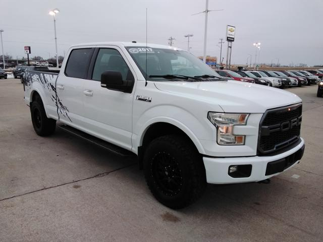 2017 Ford F-150 SuperCrew Cab 4x4, Pickup #LU2746 - photo 1