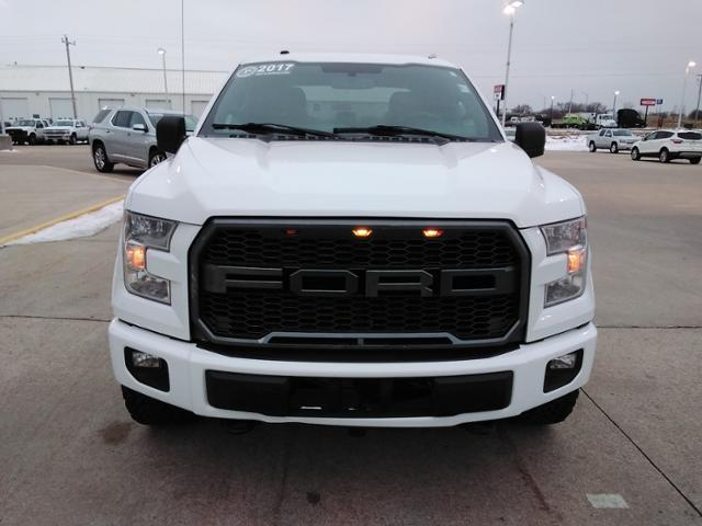 2017 Ford F-150 SuperCrew Cab 4x4, Pickup #LU2746 - photo 3