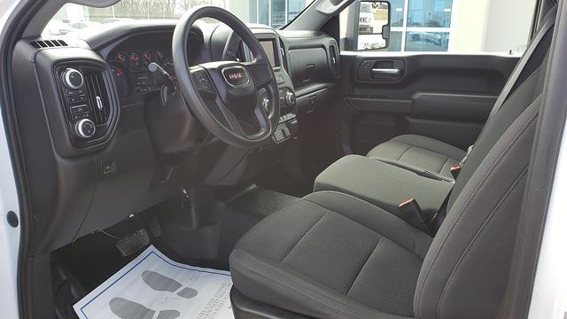 2020 GMC Sierra 2500 Regular Cab 4x4, Pickup #LU3009 - photo 10