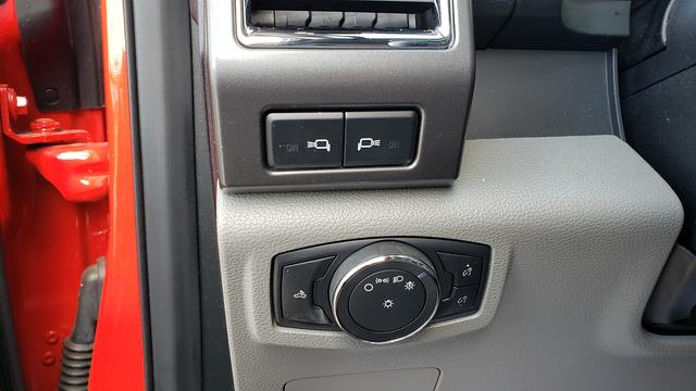 2017 Ford F-350 Regular Cab 4x4, Pickup #LU4086 - photo 13