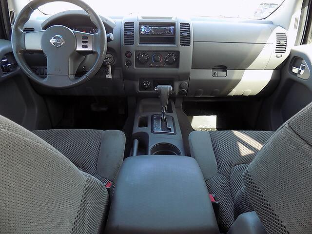 2008 Nissan Frontier 4x4, Pickup #U1789C - photo 5