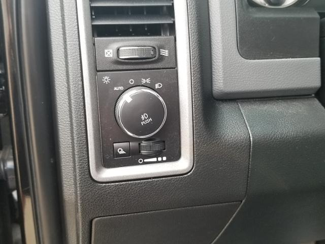 2018 Ram 1500 Crew Cab 4x4, Pickup #C0887A - photo 18