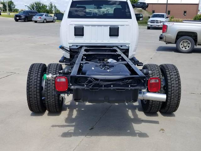 2019 Ram 5500 Regular Cab DRW 4x4, Cab Chassis #FE175334 - photo 1