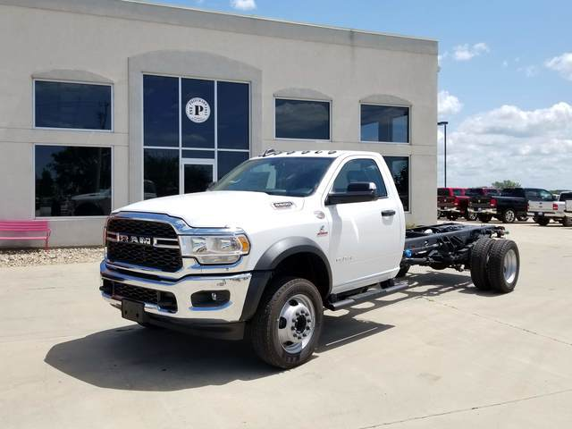 2019 Ram 5500 Regular Cab DRW 4x2, Cab Chassis #FE194733 - photo 1