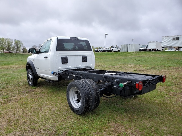 2019 Ram 5500 Regular Cab DRW 4x4, Cab Chassis #FE194758 - photo 2