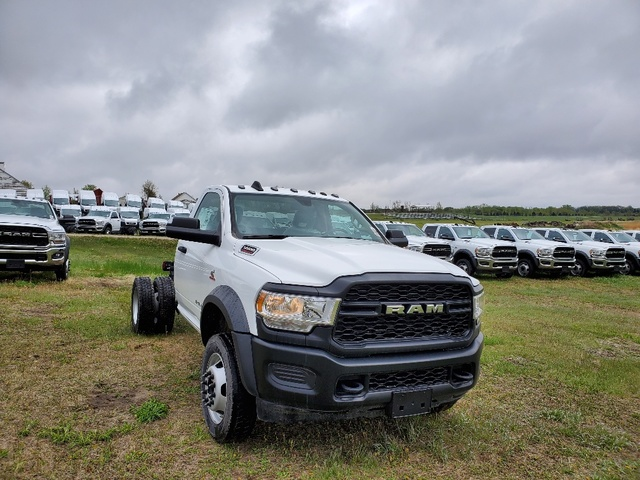 2019 Ram 5500 Regular Cab DRW 4x4, Cab Chassis #FE194758 - photo 4