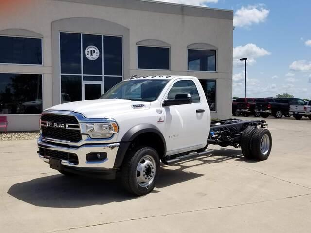 2019 Ram 5500 Regular Cab DRW RWD, Cab Chassis #FP190359A - photo 1