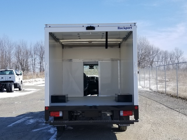 2017 ProMaster 3500 Low Roof FWD, Rockport Cargoport Cutaway Van #FZ165160A - photo 31