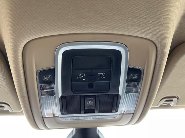 2020 Ram 1500 Crew Cab 4x4, Pickup #G1538 - photo 16