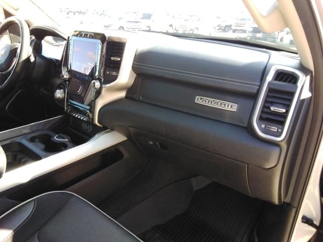2020 Ram 1500 Crew Cab 4x4, Pickup #LU2586 - photo 12
